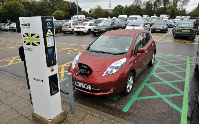 Electric car Image URL: https://cdn2.pcadvisor.co.uk/cmsdata