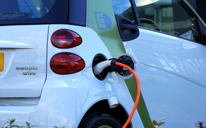 To Receive First Public Electric Car Charging Stations