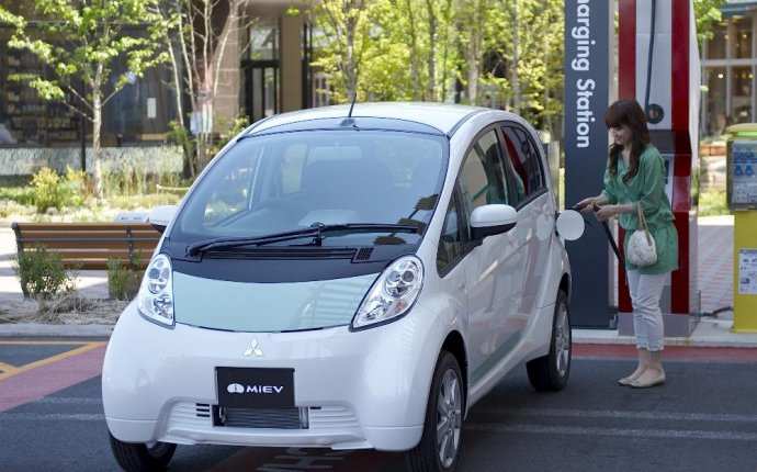 Turning Japanese: U.S. Gov. Tests Electric Car Fast Chargers