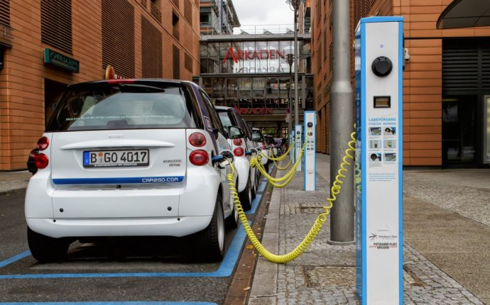 Fast charging stations for electric Cars
